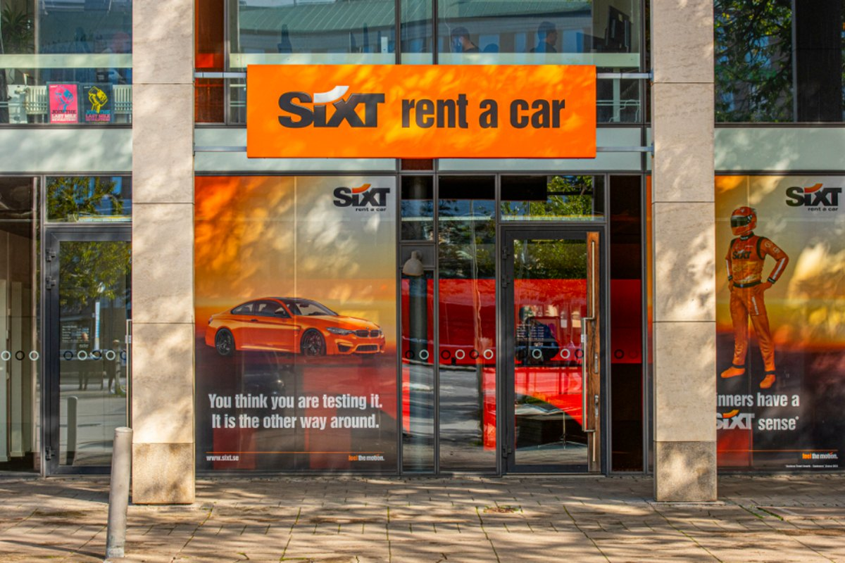 Sixt expands