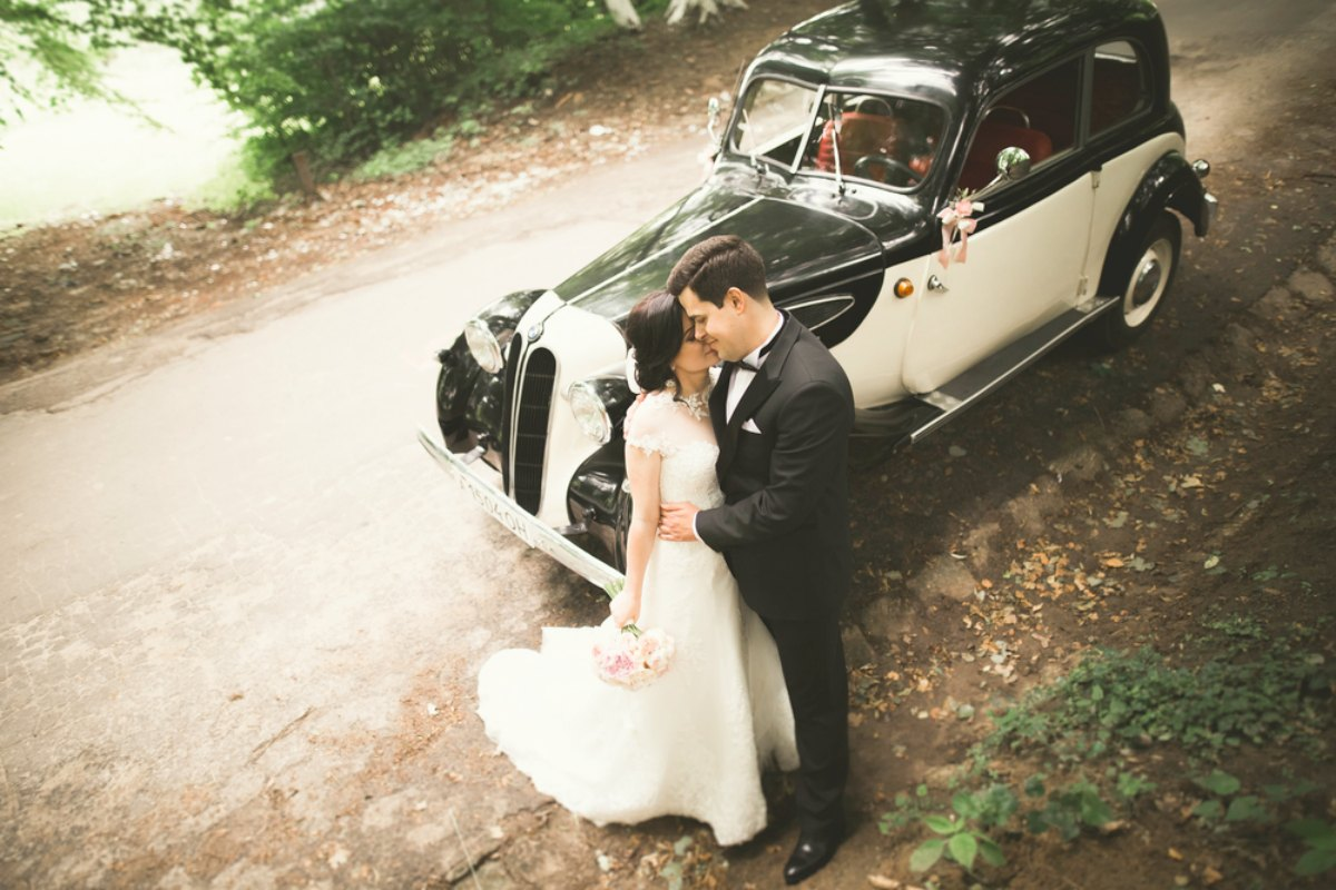 vintage car rental for wedding